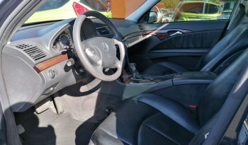 Mercedes-Benz E220 CDI full