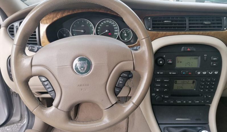 Jaguar X-Type full